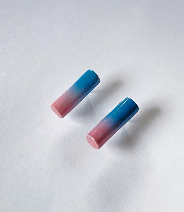 Basic 'Blue meets pink'